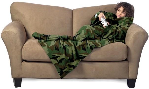 slanket-enfant-camo-la-couverture-polaire-a-manches-vert-camouflage-pour-enfant